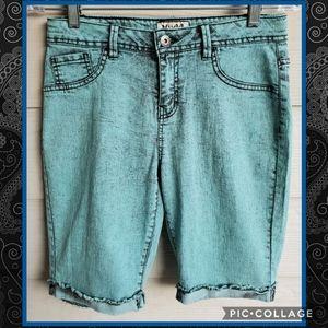 MUDD Turquoise Acid-wash Skater Bermuda Shorts